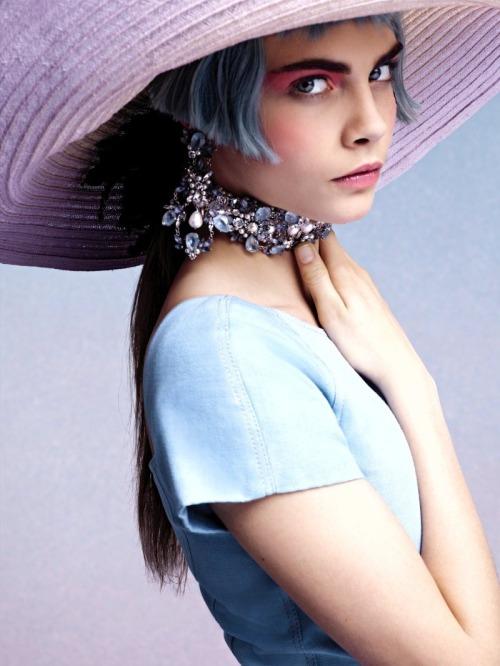 Cara-Delevingne-Chanel-Cruise-2013-2